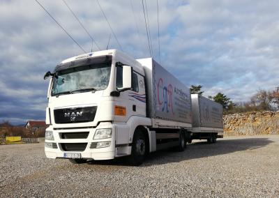 kamion_bijeli